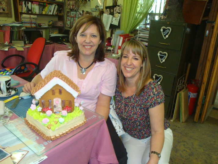 Little House & Flower Garden Cake (Michelle & Lisa)