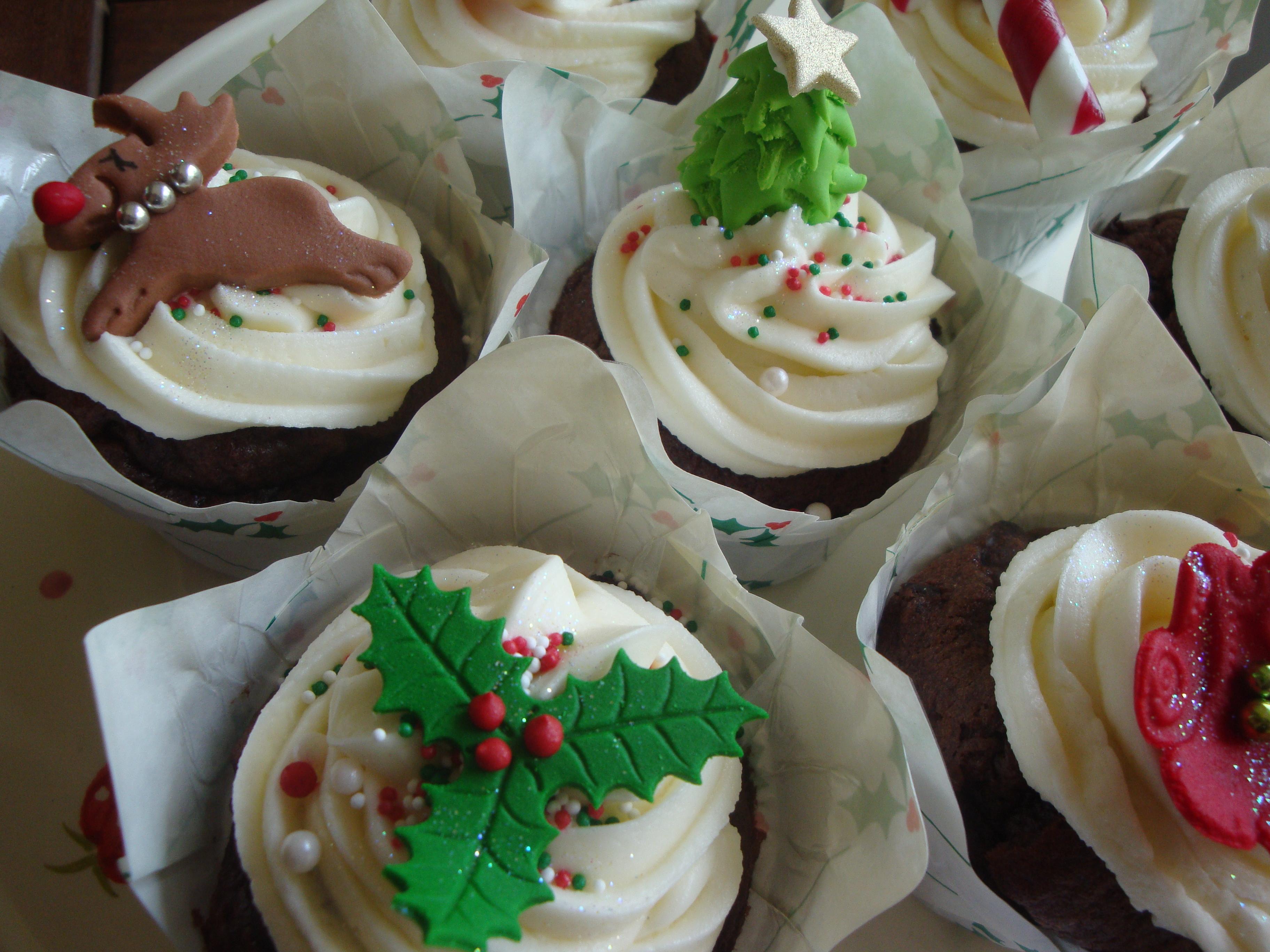 Christmas Cupcakes 2011