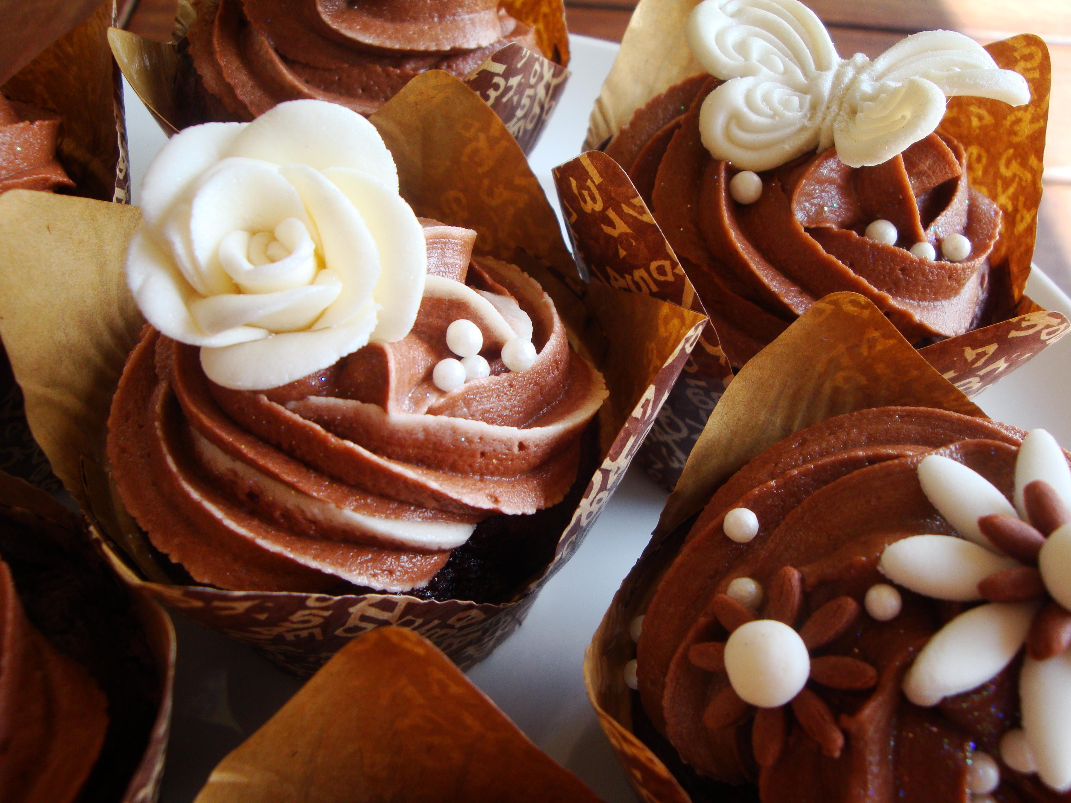 Wedding Cupcakes – cream & chocolate | cupcakes2delite