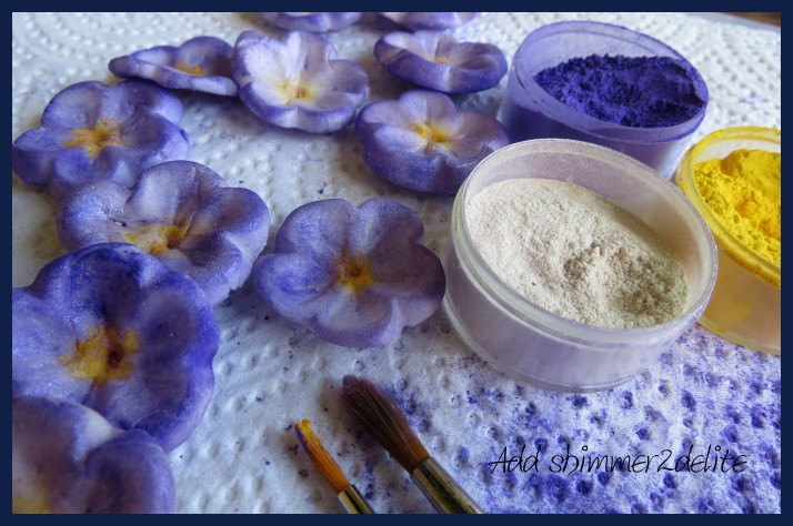 Sugar paste violets & Rolkem food colourings