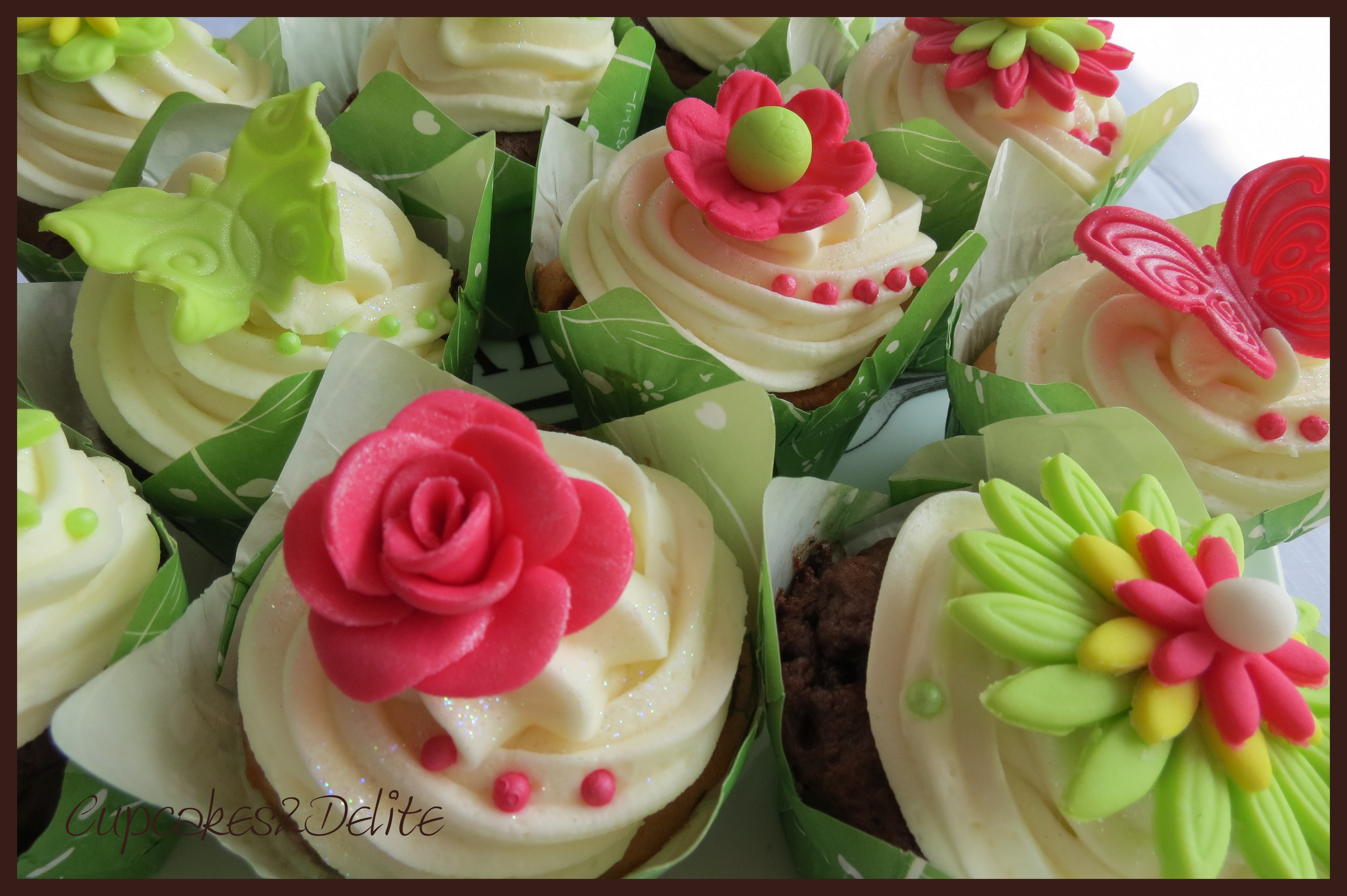Lime Green Cupcakes2delite