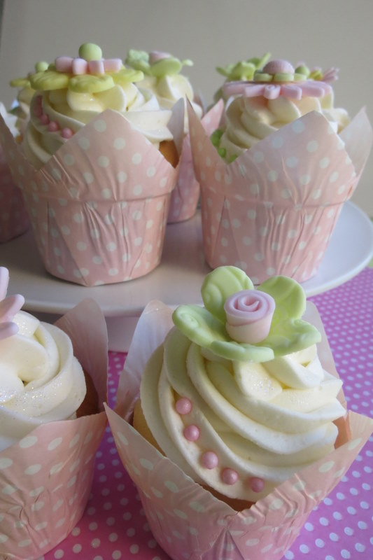 Pastel Pink, Green & Yellow Flower Cupcakes