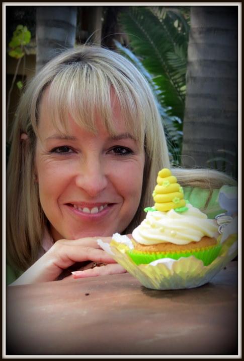 Honey & Her Cupcake