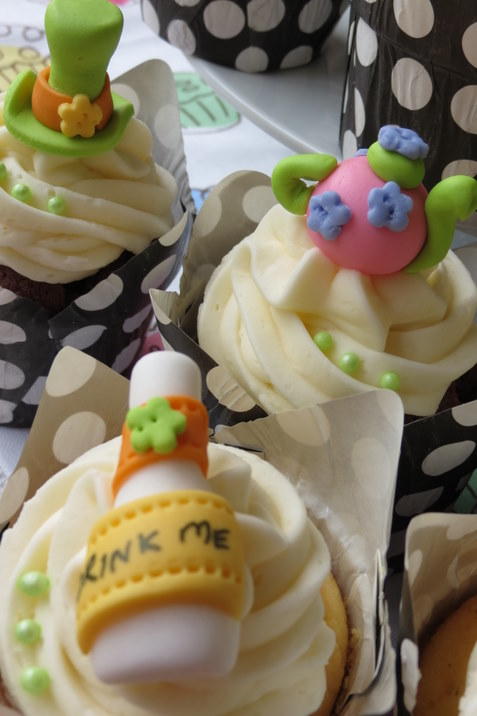 Mad-Hatter Cupcakes