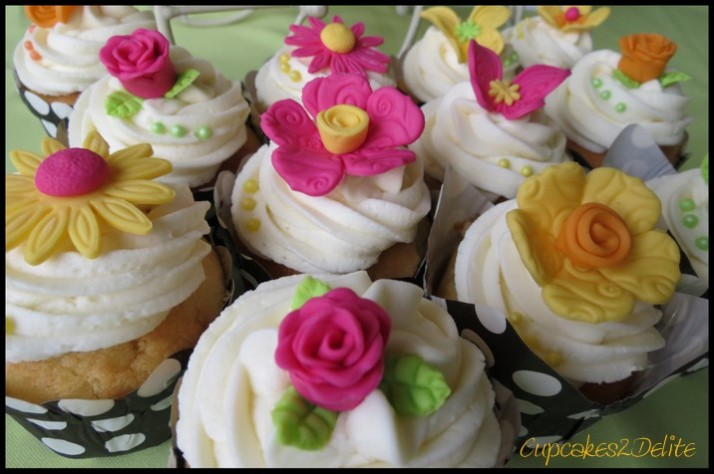 Bright, Funky Flower Cupcakes