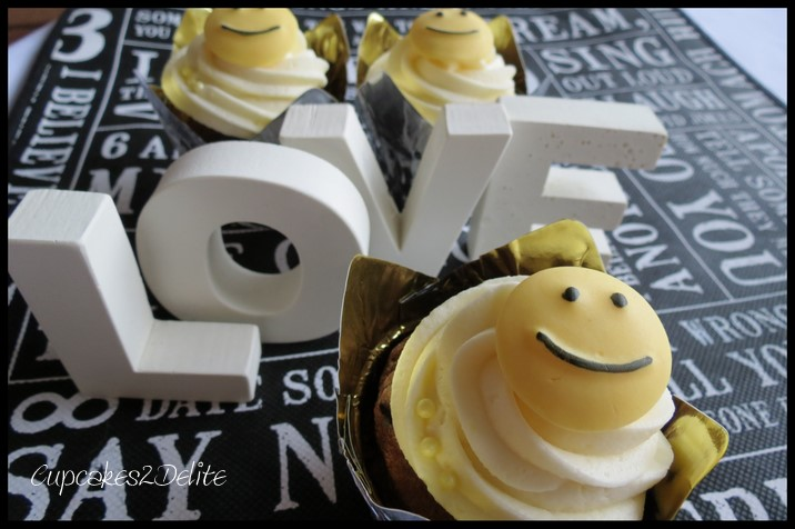 Smiley Face Cupcakes