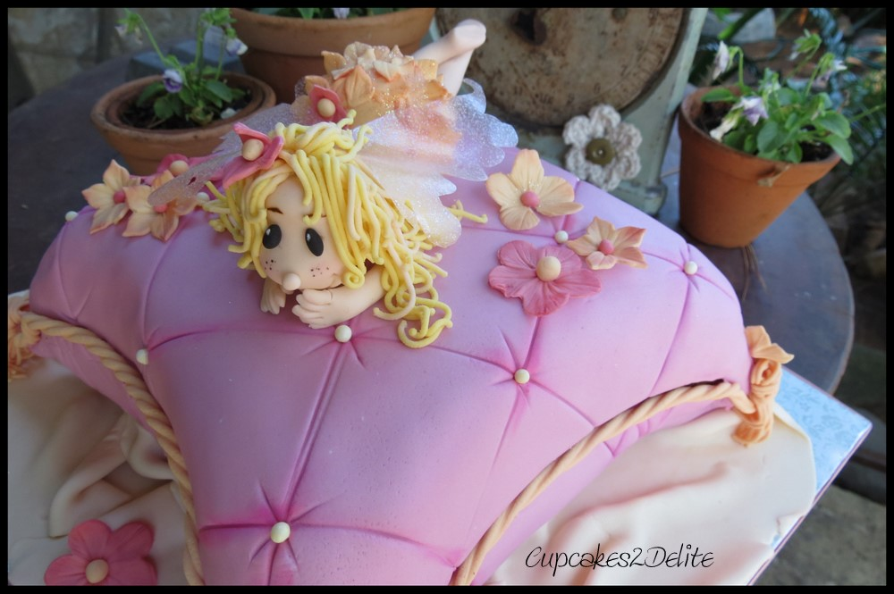 Fairy on a Cushion Cake