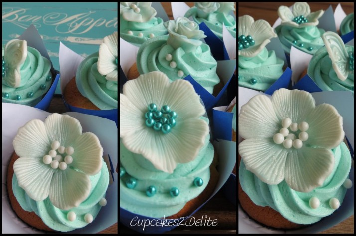 Turquoise & White Flower Cupcakes