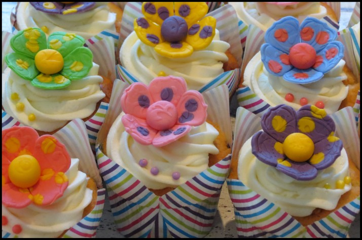 Polka Dot Flower Cupcakes