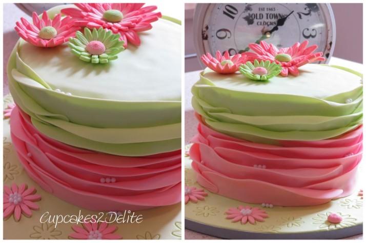 Daisy Cake in Peach & Green