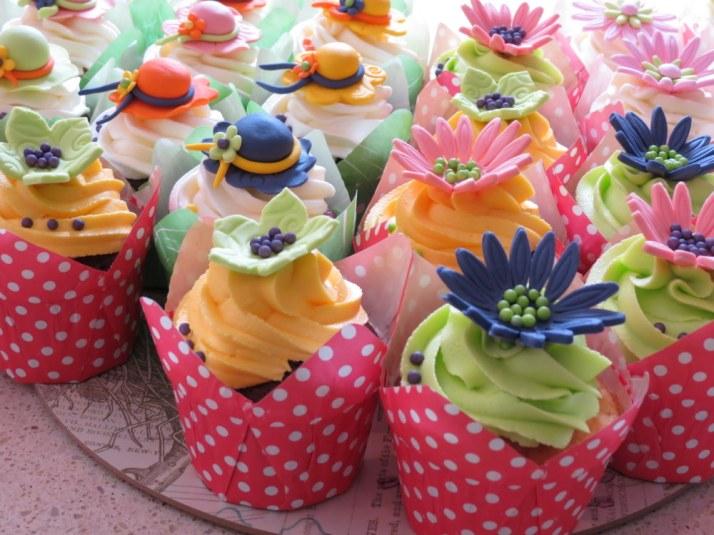 Hat & Flower Cupcakes