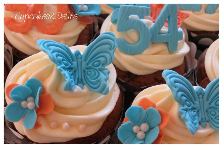 Blue & Peach Cupcakes