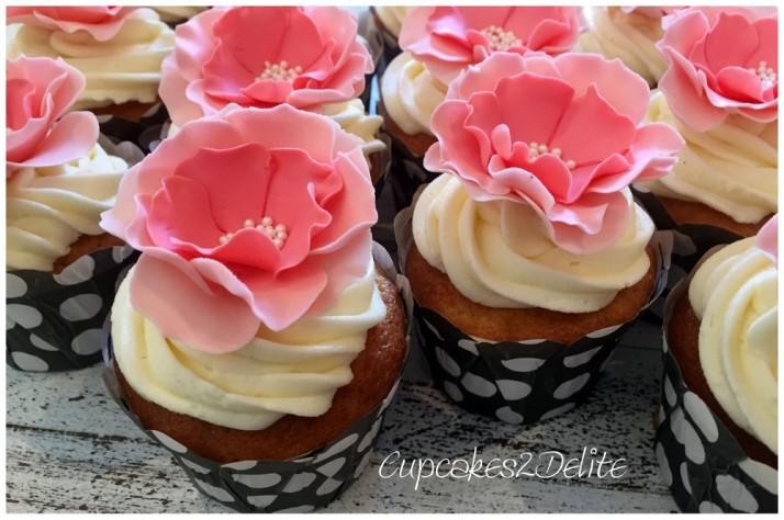 Debbie's Coral Flower Cupcakes