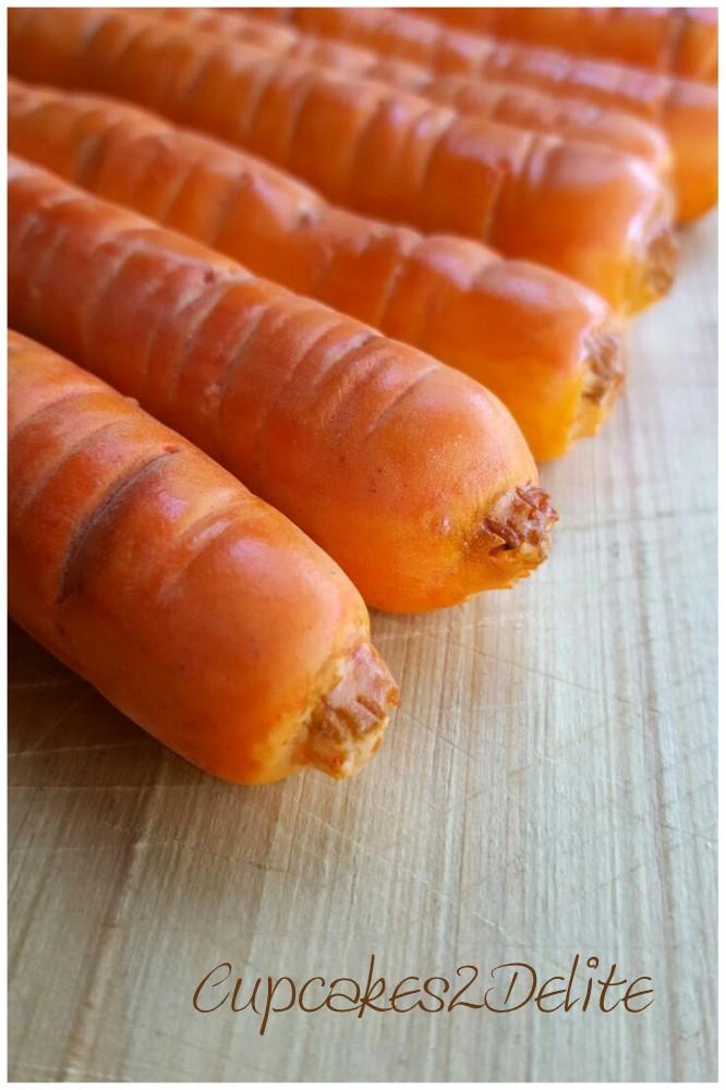 Fondant Carrots