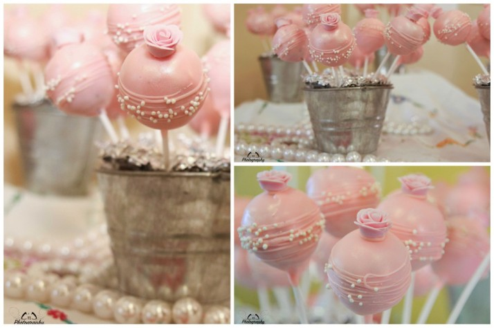 Rose Cakepops by Popcakes & Cupcakes2Delite