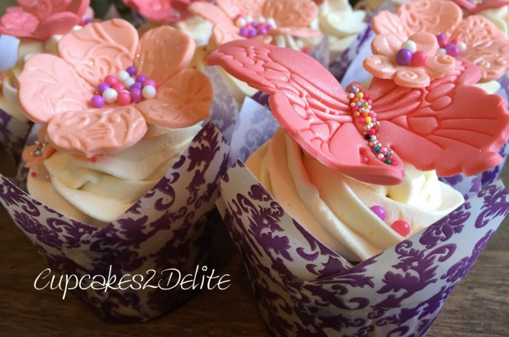 Coral Flower Cupcakes3