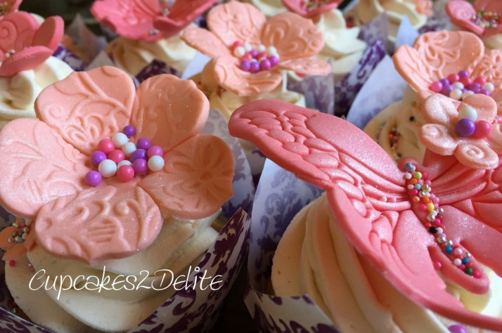 Coral Flower Cupcakes4