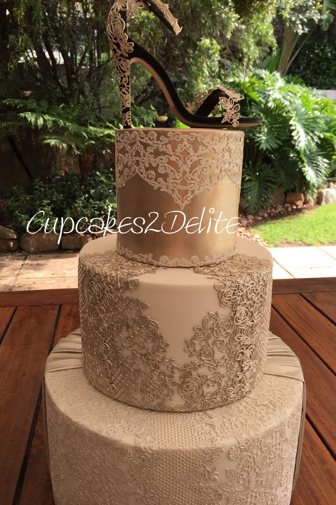 Crystal Candy Edible Fabric & Lace Cake