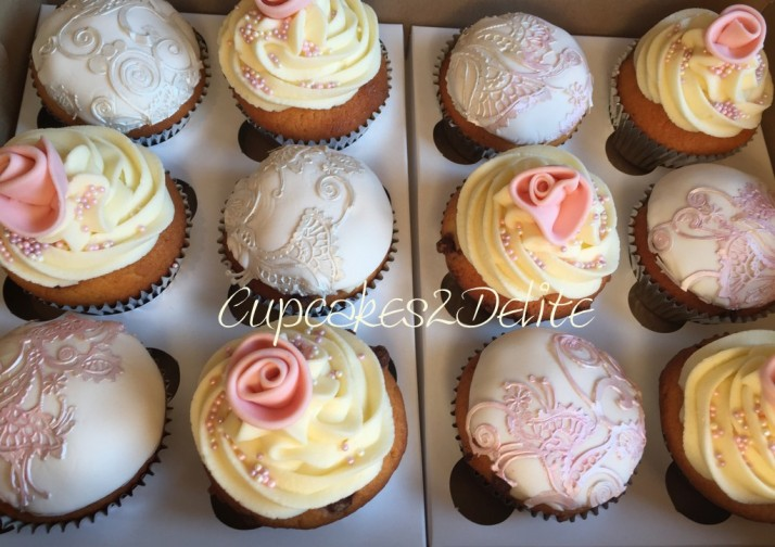 Lace & Rose Cupcakes