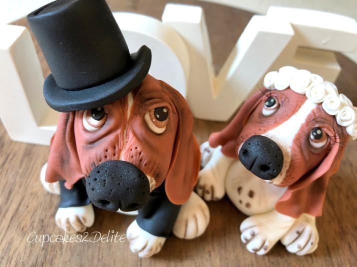Basset Wedding Couple Cake Topper