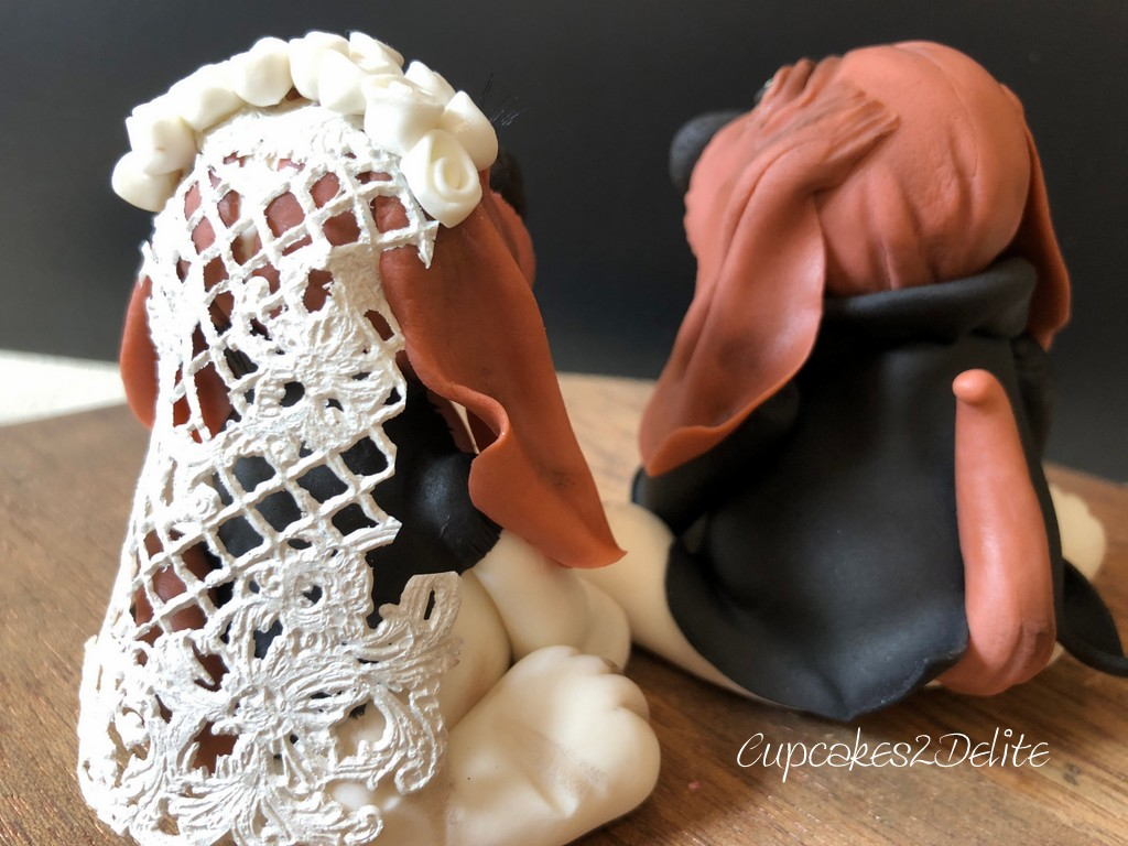 Basset Wedding Couple Cake Topper