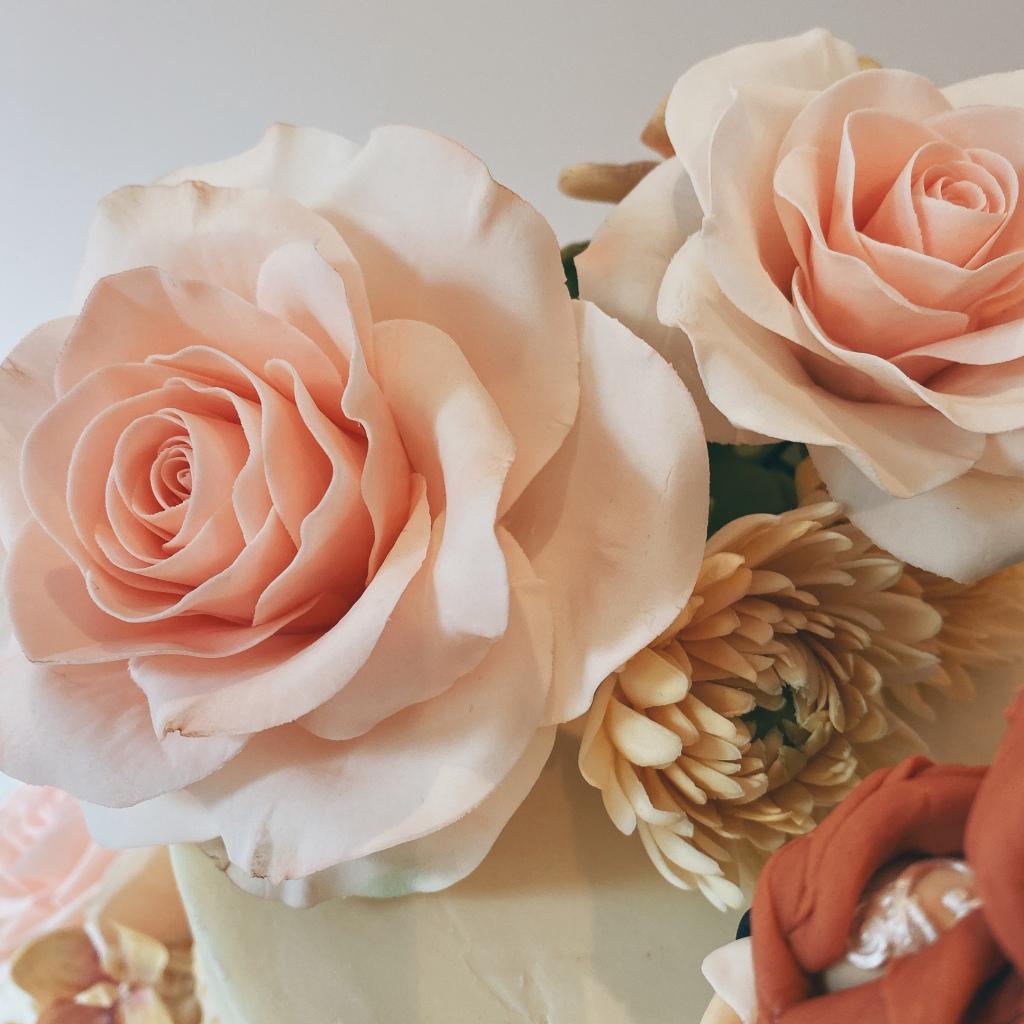 Pink Roses, Chrysanthenums & Rock Roses